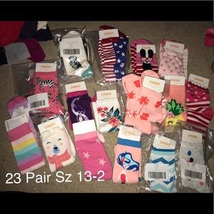 23 pair of girls Gymboree socks NWT Sz 13-2